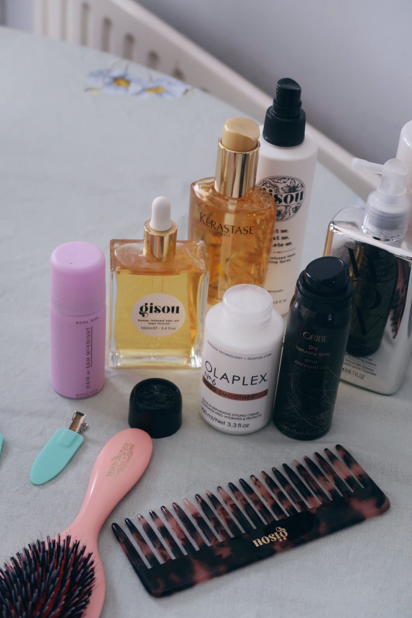 coffee with the best hair products for curly haired girls    IGTV